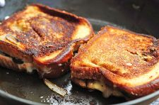 gouda-mushroom-onion-grilled-cheese-3new
