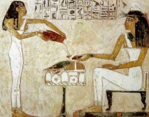 egyptian-beer-serving-www.touregypt.net_